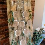 Inspiring Rustic Wooden Decor Ideas 14