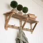 Inspiring Rustic Wooden Decor Ideas 23