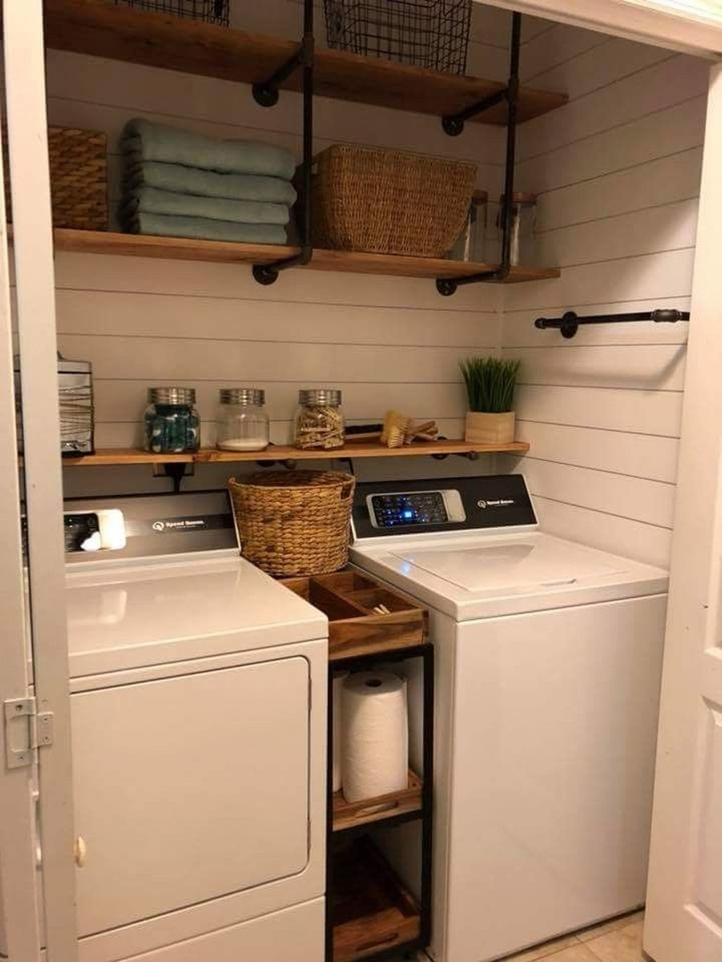 Modern Bat Remodel Laundry Room Ideas 01