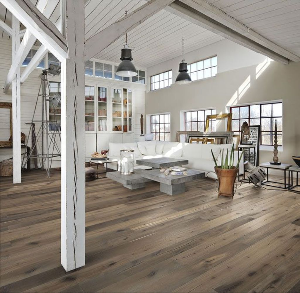 Inspiring Rustic Wooden Floor Living Room Design31