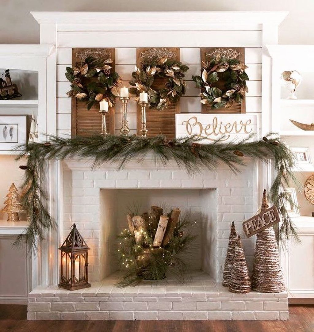 Fantastic Winter Mantle Decoration Ideas37