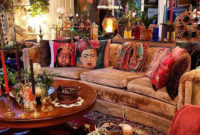 Charming Boho Living Room Decorating Ideas With Gypsy Style23