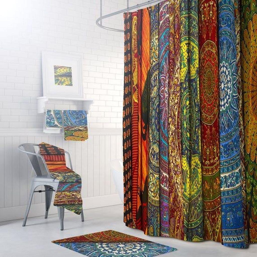 Fabulous Bathroom Design Ideas With Boho Curtains06