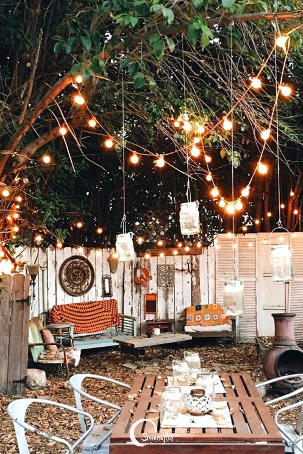 Inspiring Boho Outdoor Decorating Ideas For Backyard10