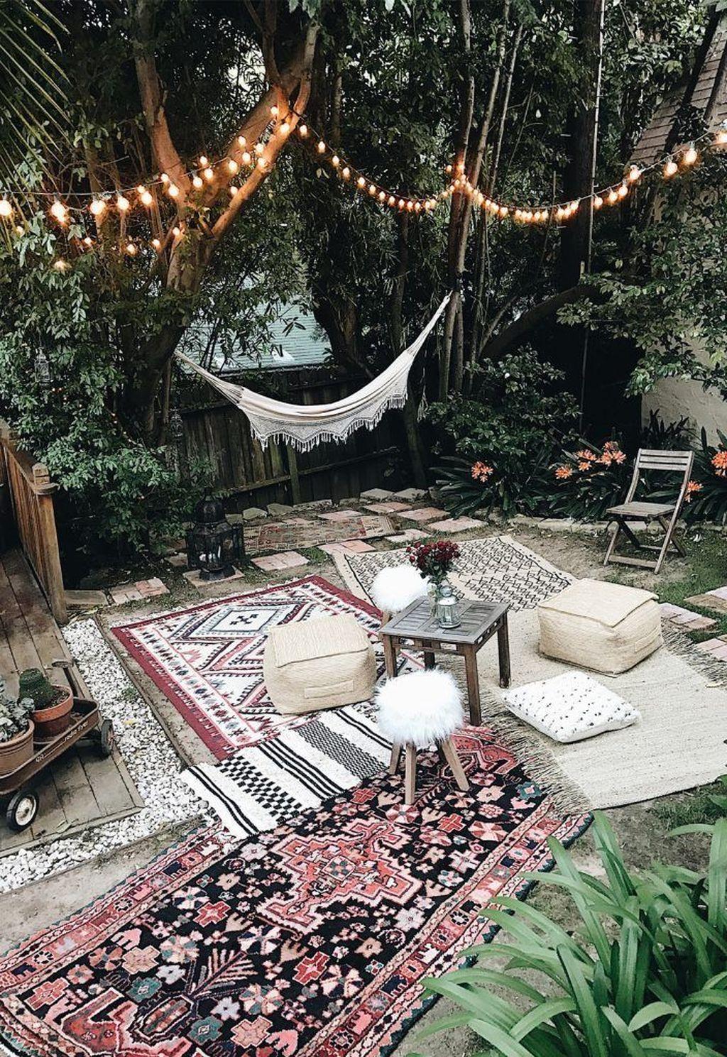 Inspiring Boho Outdoor Decorating Ideas For Backyard16