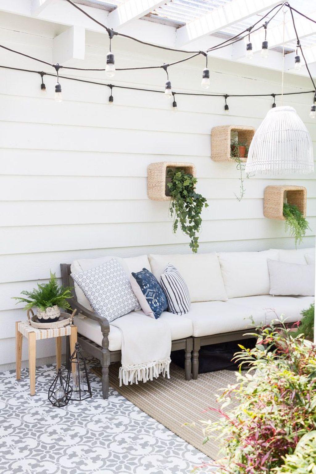 Inspiring Boho Outdoor Decorating Ideas For Backyard40
