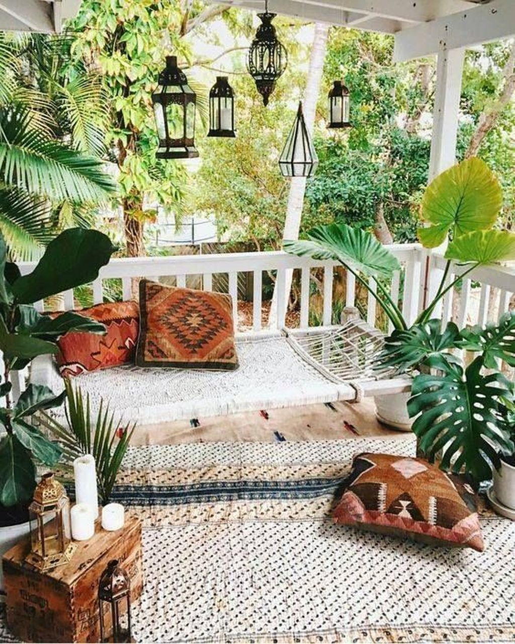 Inspiring Boho Outdoor Decorating Ideas For Backyard48